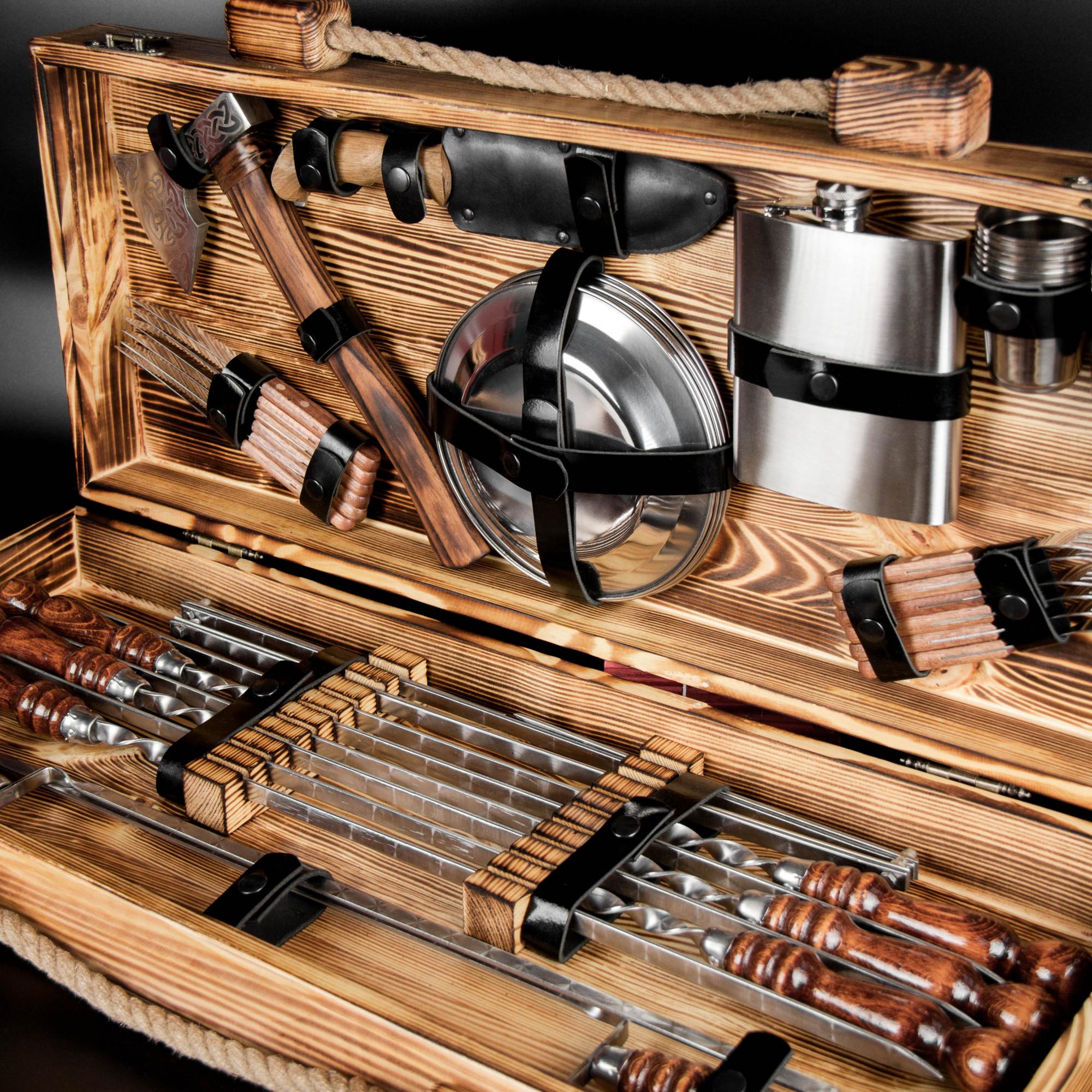 """Набор шампуров """"Кемпинг"""" в деревянном кейсе."""