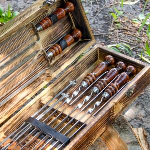 """Набор шампуров """"Грибник"""" в деревянном кейсе."""