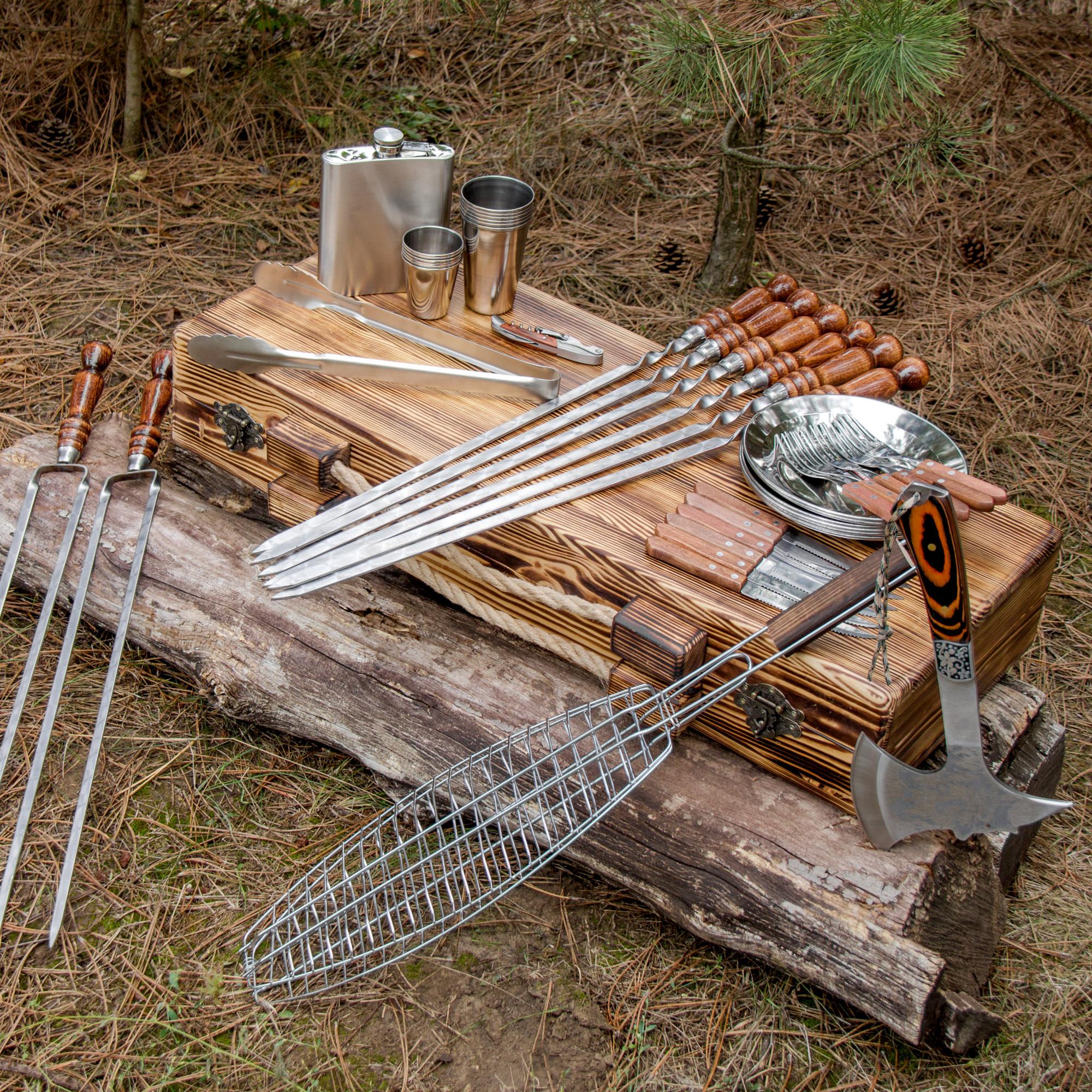 """Набор шампуров """"Путешественник"""" в деревянном кейсе."""